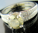 Colored Diamond Rings 1.55Ct Center 1.36Ct Fancy Color Solid Gold Solitaire Natural Certified